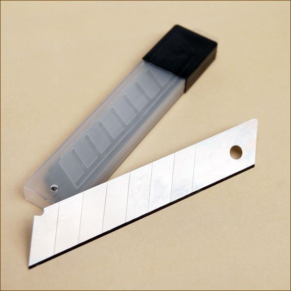 Etui Ersatzklingen für 18 mm Cuttermesser (je 12 Klingen)
